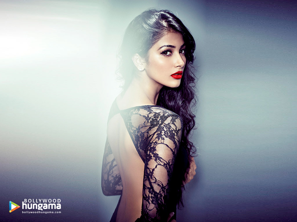 Celebrity Wallpapers of Pooja Hegde