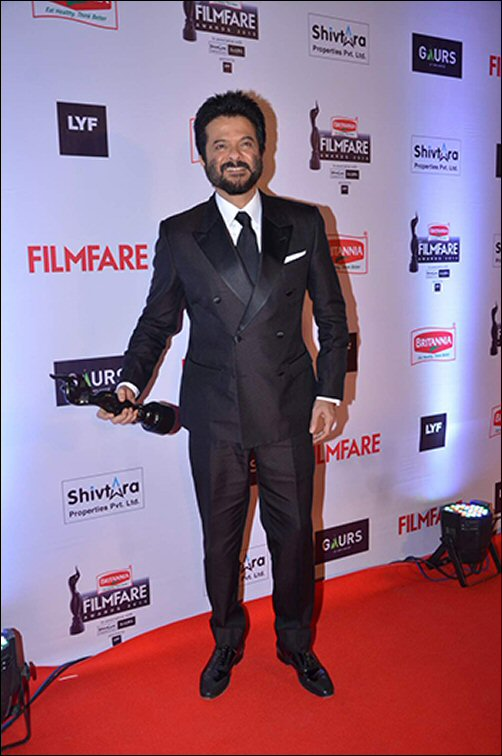 Style Check: Filmfare Awards 2016 - Male (Part 1