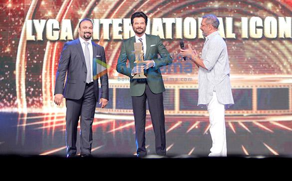 Celebs grace the 'Zee Cine Awards 2016'