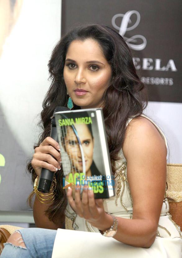Salman Khan launches Sania Mirza's book 'Ace Against Odds