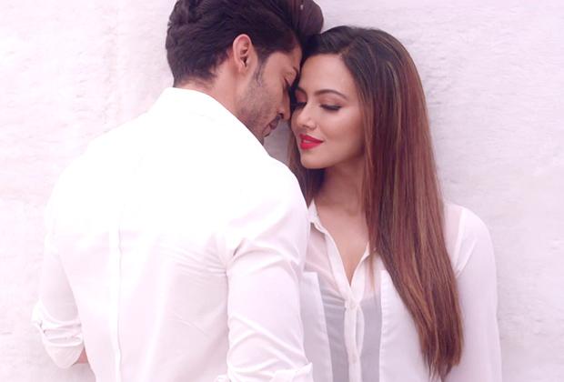 Wajah Tum Ho Music Review - Bollywood Hungama