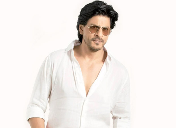 """""""I have a lot of ladies who like to smell me and grab me"""" – Shah Rukh Khan"""