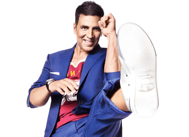 Here's why Akshay Kumar always hikes one pant leg upto his knees news