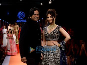 Vaani Kapor and Dia Mirza on Day 1 of 'India International Jewellery Week'