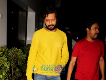 Riteish Deshmukh spotted at Salt Water Cafe in Bandra