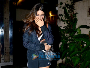 Nidhhi Agerwal snapped post visit to a dentist in Bandra