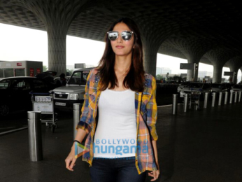 Vaani Kapoor spotted at the airport