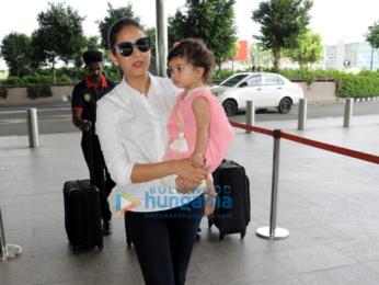 Aamir Khan, Katrina Kaif, Anil Kapoor, Aahana Kumra and others spotted at the airport