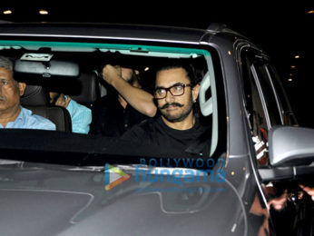 Aamir Khan, Virat Kohli and others snapped at the airport-5