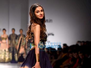 Divya Khosla Kumar walks the ramp for designer Charu Parashar at the Amazon India Fashion Week