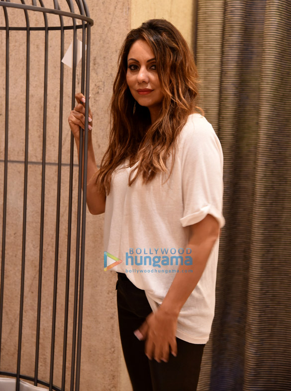 Gauri Khan snapped post a photoshoot