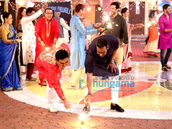 Team of Golmaal Again on the sets of 'Taarak Mehta Ka Ooltah Chashmah'
