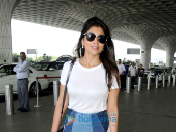 Kareena Kapoor Khan, Alia Bhatt and others snapped at the airport