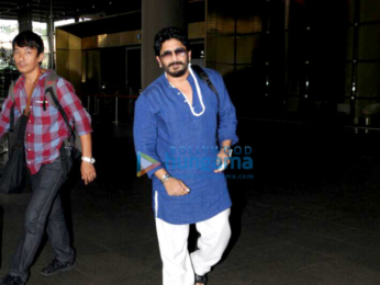 Parineeti Chopra, Arshad Warsi, Ajay Devgn airport arrive from Delhi after Golmaal Again promotions