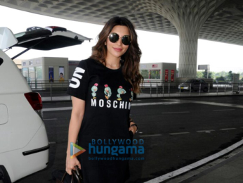 Ranbir Kapoor and Shama Sikander spotted at the airport