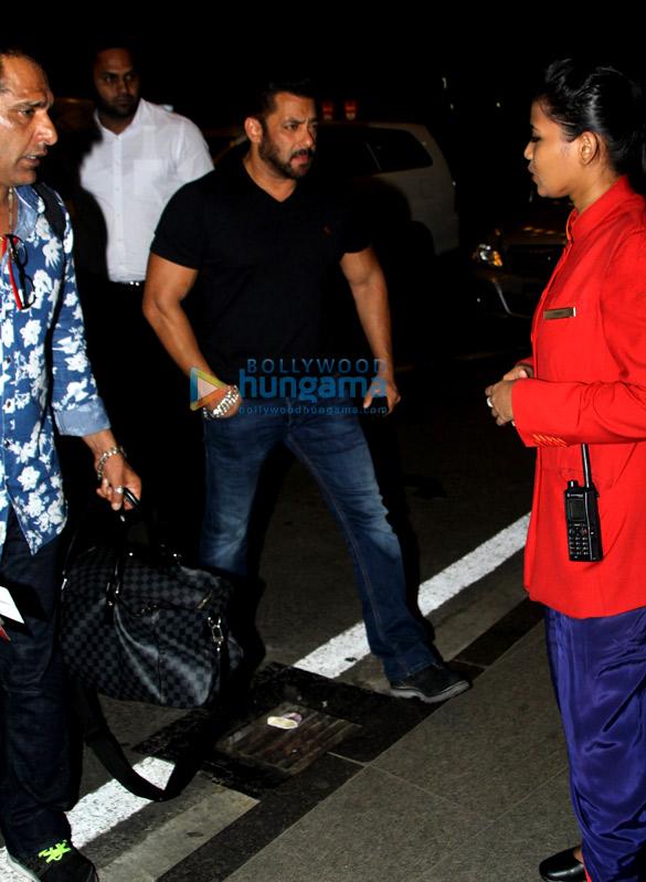 Salman Khan and Katrina Kaif snapped at the airport