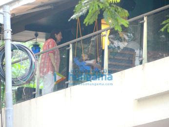 Taimur spotted in his balcony enjoying some quality time with his grandmother