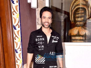 Team of 'Golmaal Returns' snapped at the media interviews