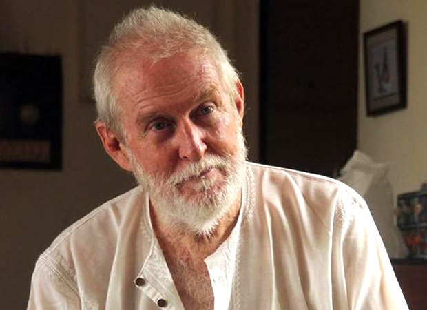 Tom Alter's eerie swan song; plays a jazz singer who dies on stage