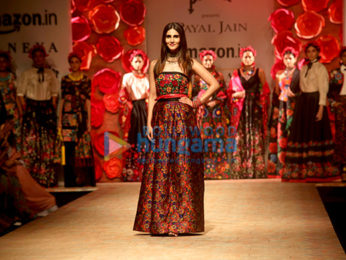 Vaani Kapoor walks the ramp for designer Payal Jain at the Amazon India Fashion Week