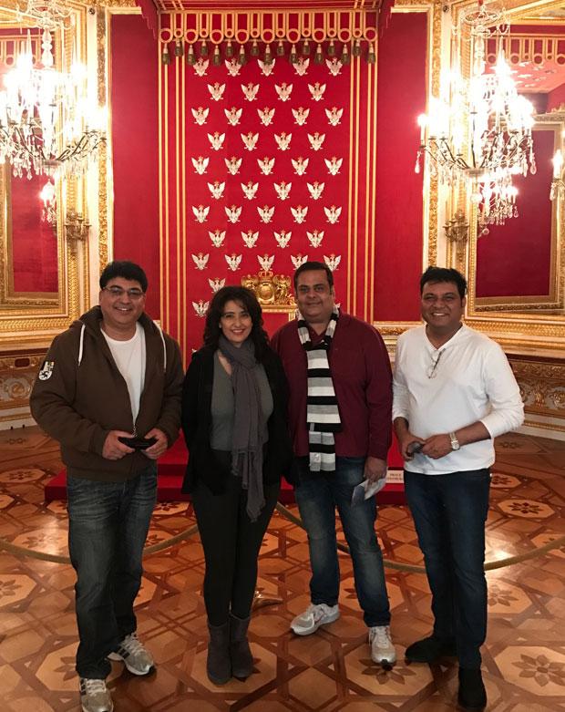 WOW!-Manisha-Koirala-and-producer-Rahul-Mittra-awarded-at-the-first-Polish