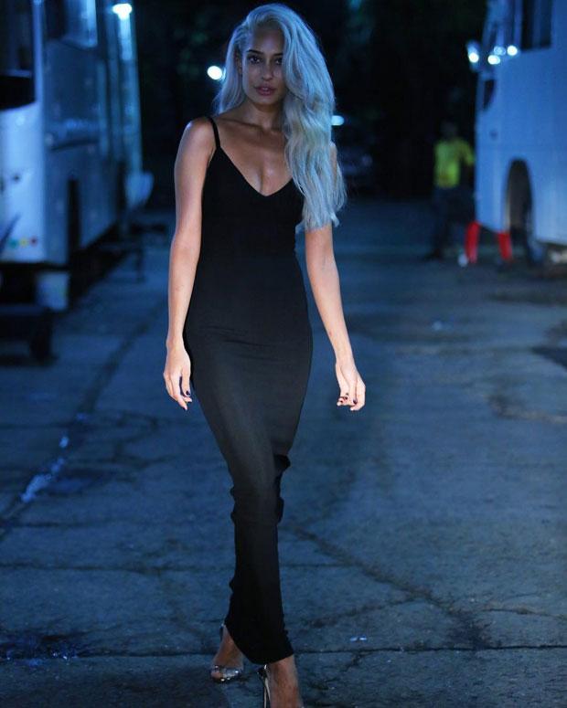 Lisa Haydon gets a stunning makeover; goes platinum blonde-3