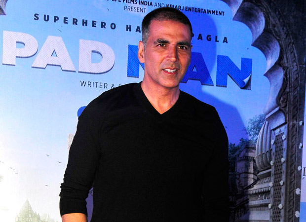 whoa akshay kumar to hold special screening of pad man
