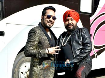 Daler Mehndi and Mika Singh visit the sets of Super Dancer Chapter 2