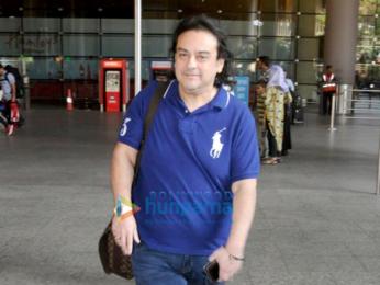 Kriti Sanon, Shilpa Shetty, Malaika Arora and others snapped at the airport (002)
