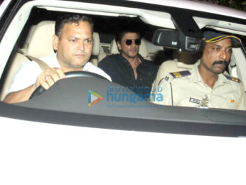 Shah Rukh Khan spotted at Dilip Kumar's residence