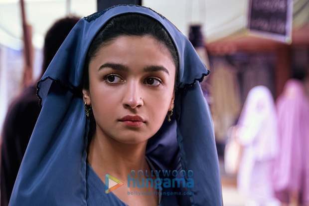 Raazi: Alia Bhatt reveals her FIRST look from the film on her 25th Birthday (see picture)