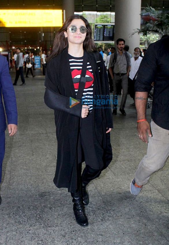 Alia Bhatt, Aamir Khan and others snapped at the airport