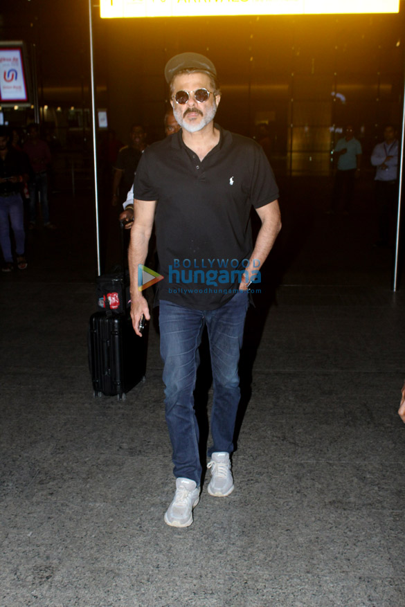Anil Kapoor, Yami Gautam and others snapped at the airport