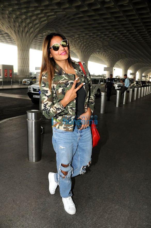 Bipasha Basu and Upen Patel snapped at the airport