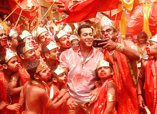 China Box Office Bajrangi Bhaijaan continues its run in China; total collections at Rs. 274.15 cr