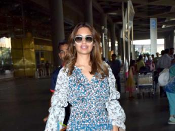 Esha Gupta snapped at the airport