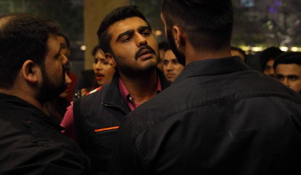 Sandeep Aur Pinky Faraar: Arjun Kapoor and Parineeti Chopra look intense in Dibakar Banerjee's film