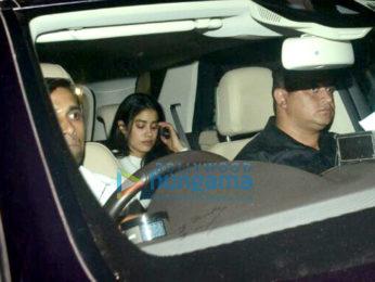 Janhvi Kapoor snapped on location in Khar