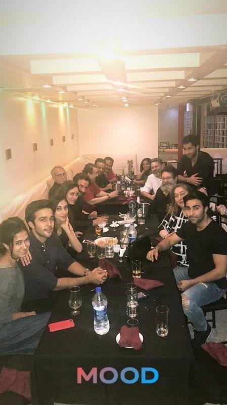 Kareena Kapoor Khan, Saif Ali Khan go for family dinner with extended Kapoor clan sans Taimur