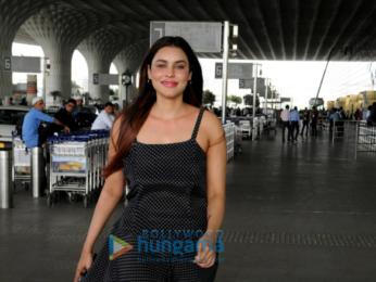 Malaika Arora, Manisha Koirala and others snapped at the airport