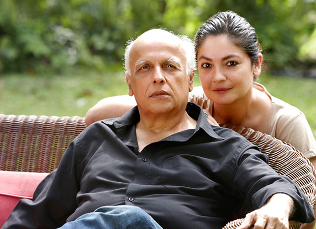 Pooja Bhatt pens her second book and it's about her father Mahesh Bhatt