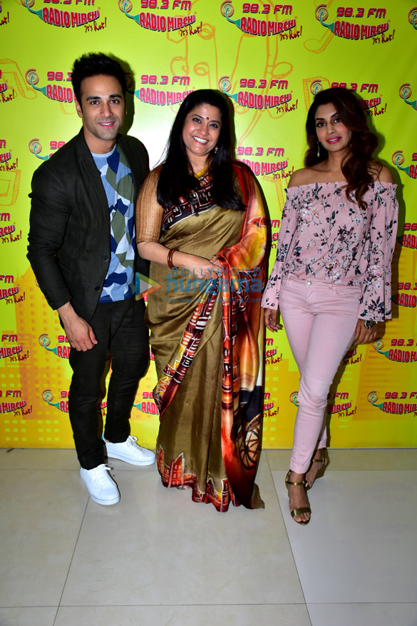 Pulkit Samrat and Renuka Sahane promote '3 Storeys' at 98.3 FM Radio Mirchi