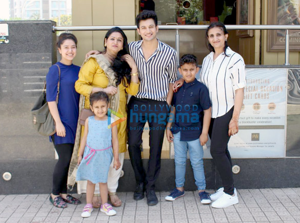 Rohit Saraf snapped with his family