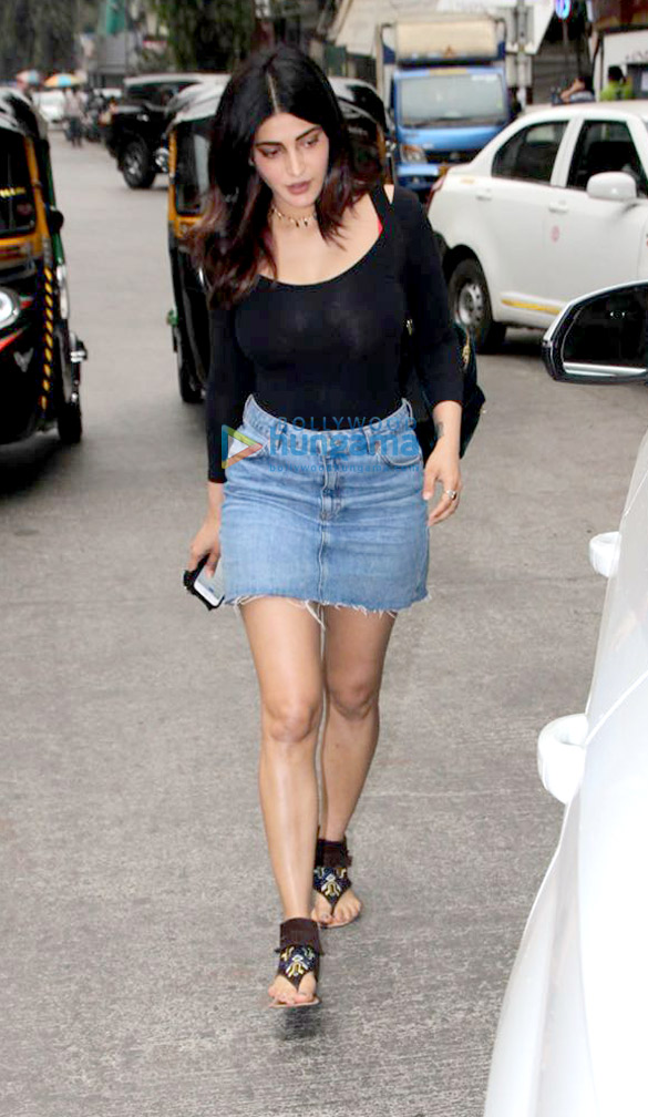 Shruti Haasan snapped at Sequel