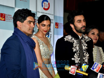 Celebs attend Manish Malhotra's show The Walk of Mijwan