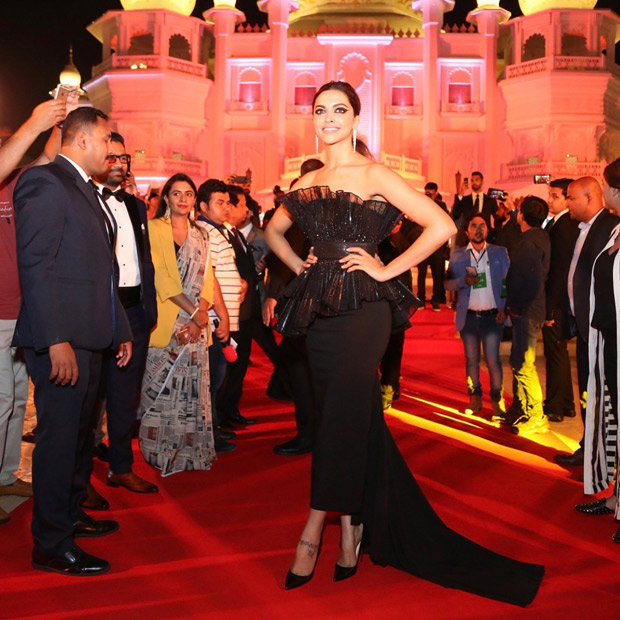 Deepika Padukone in Amit Aggarwal at Filmfare Middle East relaunch red carpet