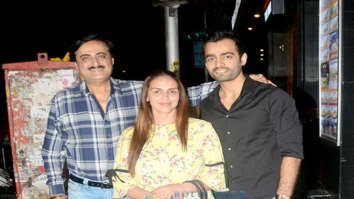 Esha Deol snapped with friends at Khar