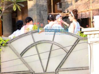 Kareena Kapoor Khan, Soha Ali Khan, Taimur Ali Khan and Inaaya Naumi spotted in a park In Bandra