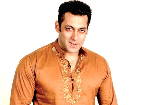 SHOCKING: When Salman Khan got into a fist fight with a photographer on Karan Arjun sets