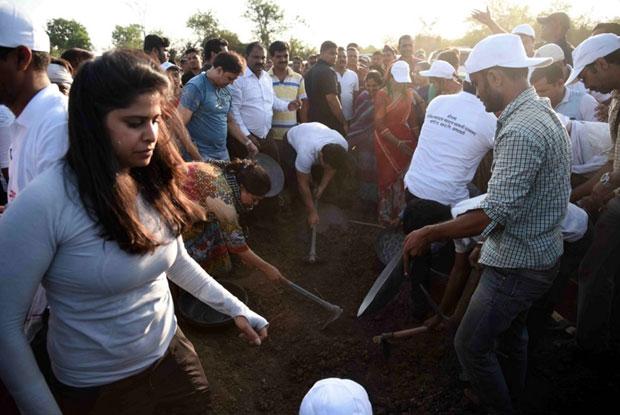 Sai Tamhankar to celebrate 'Maharashtra Day by doing Shramdaan for Aamir Khan's Paani Foundation